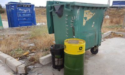 AionSur 20171018_173749-400x240 Un empresario denuncia la aparición de bidones llenos de aceite industrial usado en La Cantarería Medio Ambiente