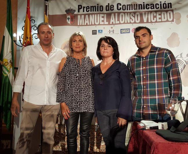 AionSur Julia-Otero Julia Otero recibe el XVIII Premio de Comunicación Manuel Alonso Vicedo en Gerena Sociedad