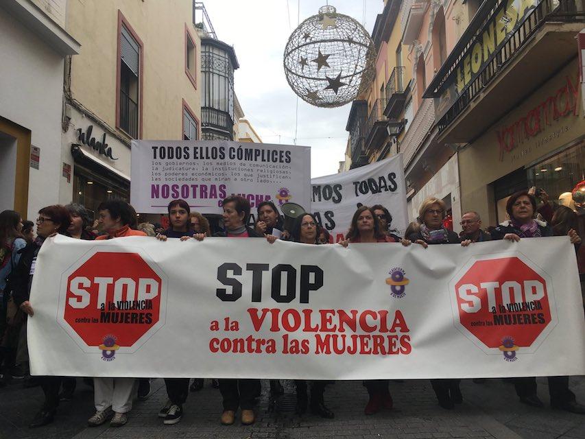 AionSur 25N-1 Masiva manifestación en Sevilla como acto central del 25-N Sociedad