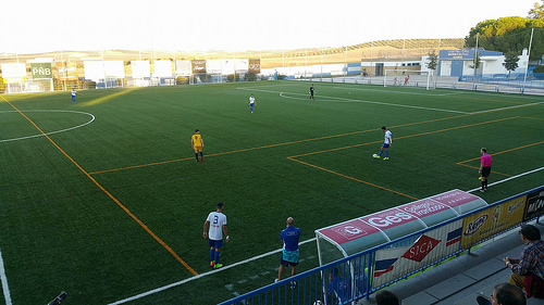 AionSur 38209432301_cd4423fdb6 El Arahal se deja tres puntos antes del derbi Deportes Fútbol