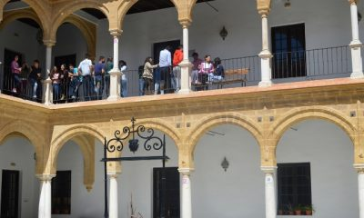 AionSur PATIO-ESCUELA-UNIVERSITARIA-DE-OSUNA-400x240 Nueva convocatoria de becas municipales para estudios superiores en Osuna Osuna