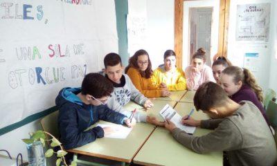 AionSur cd626ea7-7715-4781-9ce7-8de62f11f3cf-400x240 La mediación escolar convierte a Paradas en ejemplo de buenas prácticas contra el acoso escolar