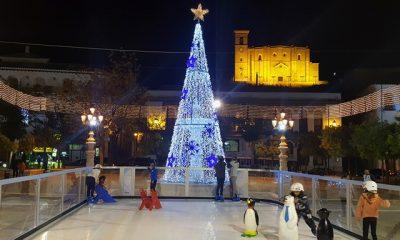AionSur PISTA-PATINAJE-400x240 Osuna celebra la Navidad con un gran tobogán y pista de hielo Osuna