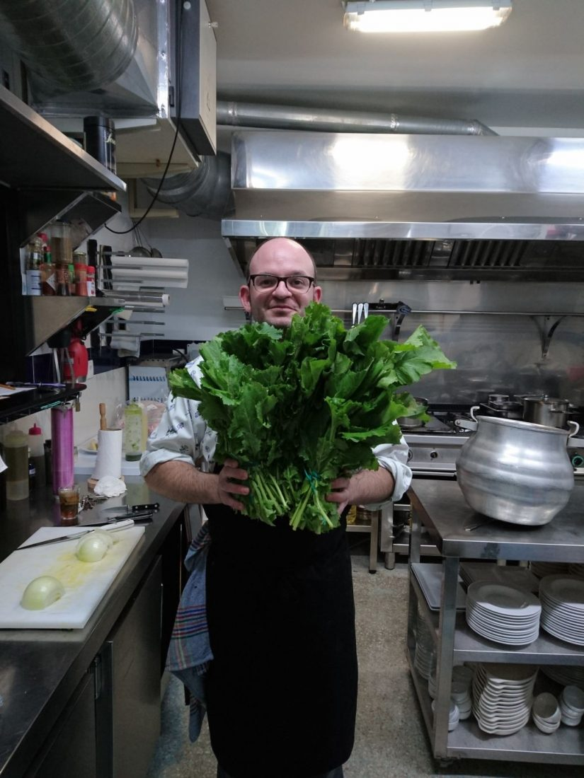 AionSur 1776e744-3bba-4ec3-ab8b-94523be34ffc El cocinero arahalense Luis Portillo prepara aperitivos para representar a España en Fitur Arahal