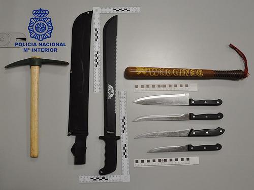 AionSur 24986577007_08f0c236d4 Detenido un varón por enfrentarse con un machete a agentes de la Policía Nacional de Morón Morón de la Frontera Provincia