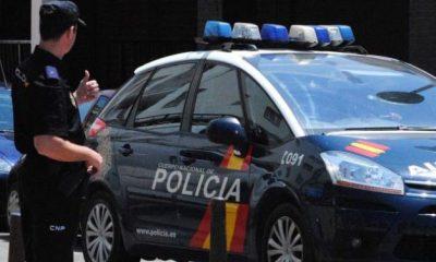 AionSur policia-nacional-1-400x240 Detenido por dejar a su hija de cuatro años en el coche para irse de copas en Montequinto Dos Hermanas Sucesos