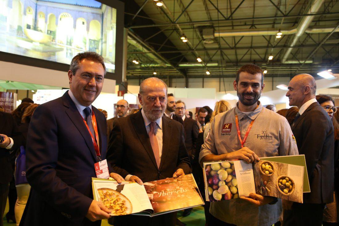 """AionSur sabores-libro 'Sabores de la provincia', una marca que reconoce """"lo más genuino"""" de la gastronomía sevillana Sociedad"""
