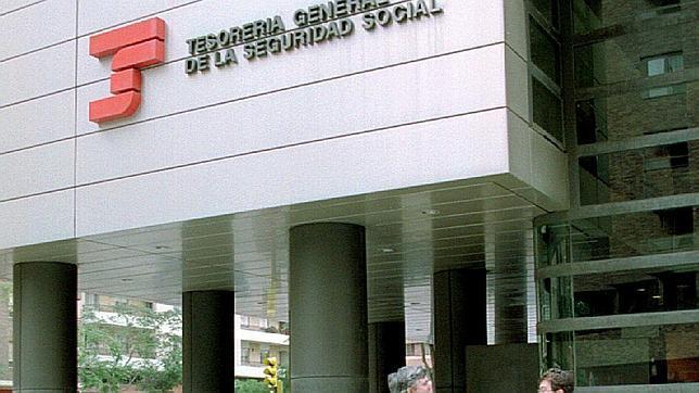 AionSur seguridad-social La pensión media en Andalucía se sitúa en 840,16 euros Sociedad