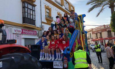 AionSur 40097682051_b993303f2f-400x240 El Carnaval de Arahal, ¿herido de gravedad? Carnavales Cultura