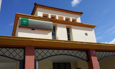 AionSur centro-de-salud-arahal-400x240 Casi el 35 % de los usuarios esperan una semana para tener cita con su médico de familia Andalucía Salud