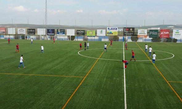 AionSur futbol-590x354 Un grupo de aficionados busca una directiva y ayuda social para el Arahal CF Arahal Deportes destacado