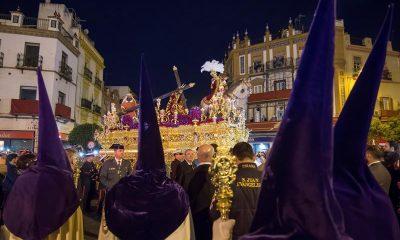 AionSur Semana-Santa-Sevilla-400x240 La lluvia sorprende a Macarena y Esperanza en plena Madrugá Semana Santa