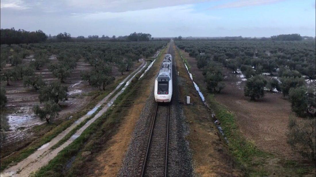 AionSur tren Héroes de Calamina Opinión