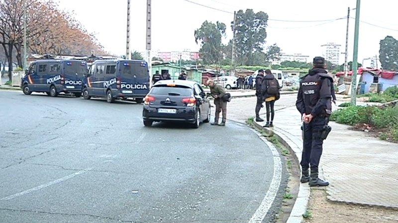 AionSur vacie Una treintena de detenidos en una operación internacional en el poblado sevillano de El Vacie Sucesos