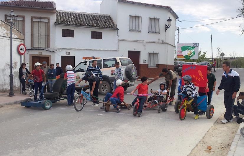 AionSur AutosLocos Los Autos Locos acuden a su cita con El Saucejo El Saucejo