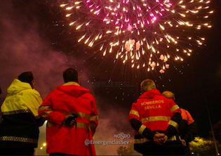 Los Fuegos Artificiales Despiden La Feria De Abril Hasta 2019 Aionsur