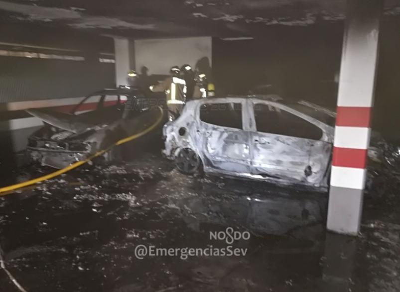 AionSur Incendio-parking Cuatro personas afectadas por un incendio en un parking en Sevilla Sucesos