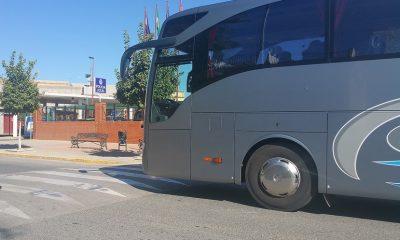 AionSur: Noticias de Sevilla, sus Comarcas y Andalucía Autocares-valenzuela-400x240 UGT pide que los conductores de autobús se consideren agentes de la autoridad Economía