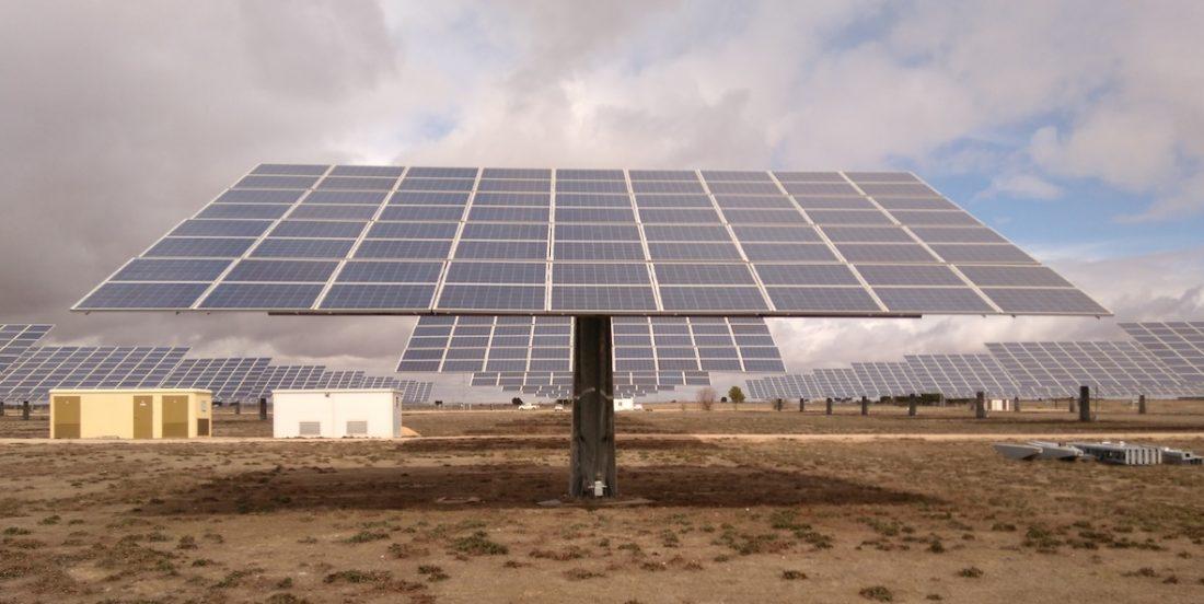 AionSur placas-solares Free Mountais instalará en Alcalá una de las mayores plantas fotovoltaicas de España Alcalá de Guadaíra