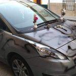 Detenido tras denunciar una mujer que su coche amaneció simulando una tumba