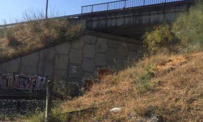 AionSur: Noticias de Sevilla, sus Comarcas y Andalucía portada-400x240 Herido grave tras caer accidentalmente desde el puente ferroviario Sucesos