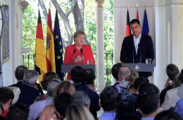 AionSur MerkelSanchez2-260x170 Histórico encuentro entre Sánchez y Merkel con la inmigración como telón de fondo Política