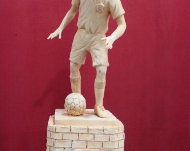 AionSur Monumento-coria-378x300 Los futbolistas históricos de Coria del Río tendrán un monumento junto al estadio Guadalquivir Deportes