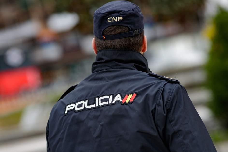 AionSur PoliciaNacional-convocatoria-2018 A prisión por 16 robos en azoteas y patios de Dos Hermanas Sucesos
