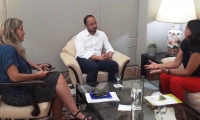 AionSur delegación-gobierno-periodismo-400x240 Gómez Celis pide a la decana del Colegio de Periodistas dignificar el tratamiento informativo de inmigrantes Andalucía