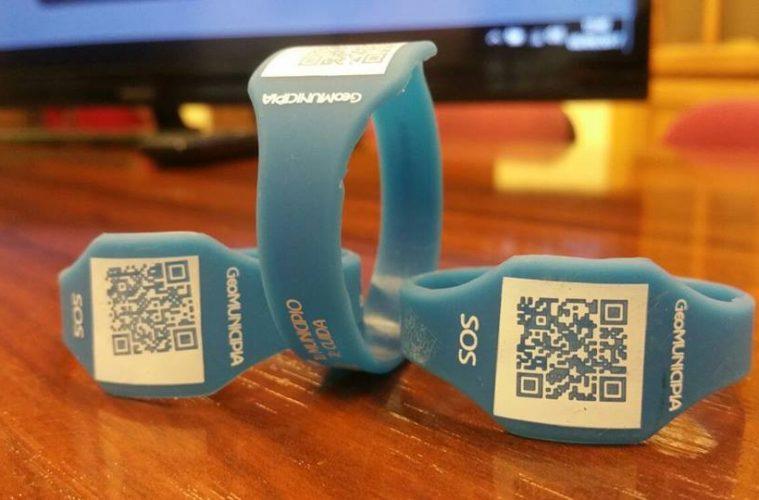 AionSur pulseras-seguridad-niños-compressor-759x500 Se repartirán en la Feria de Arahal más de 1.000 pulseras infantiles de seguridad Arahal