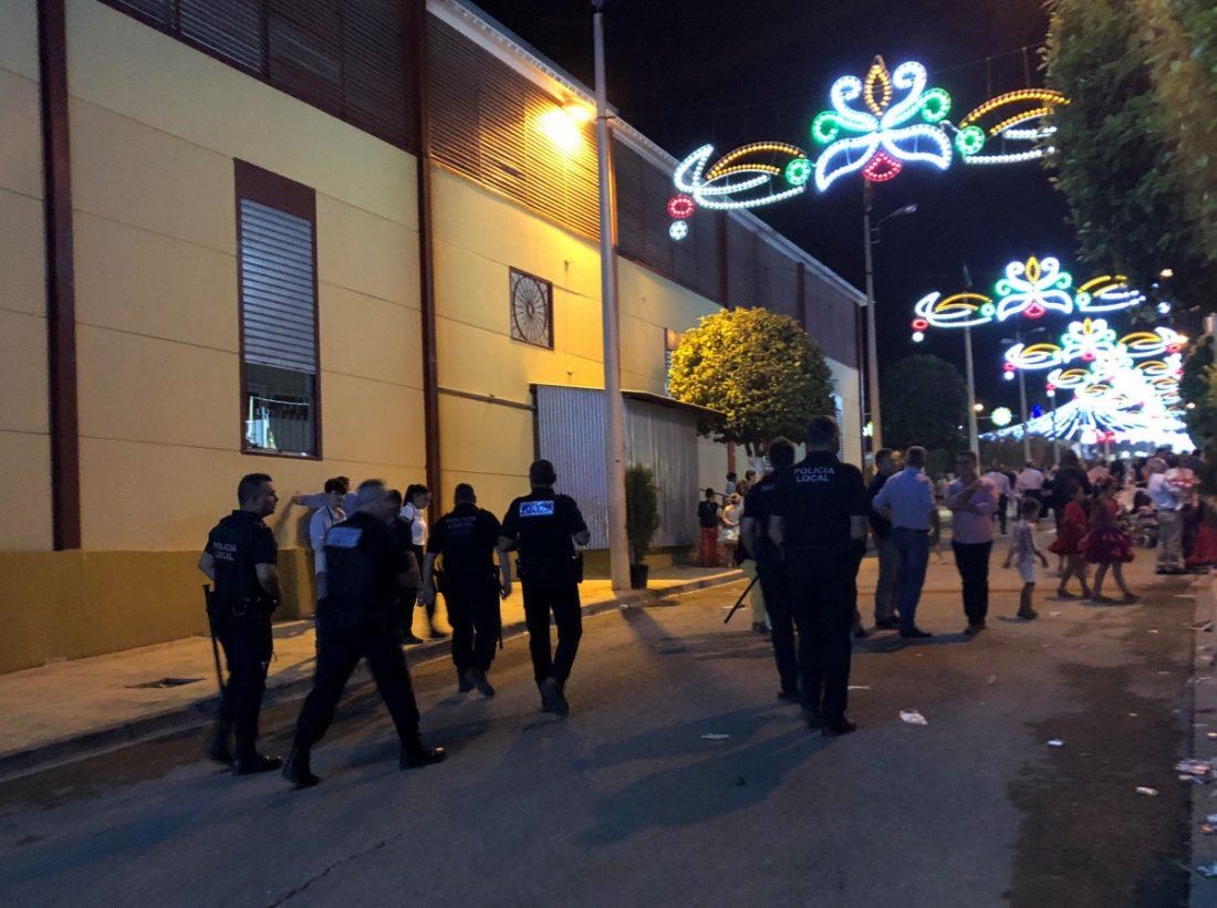 AionSur Arahal-policía-feria-1 La seguridad de la Feria del Verdeo, un reto en el que participa gran número de efectivos policiales Arahal Feria del Verdeo destacado