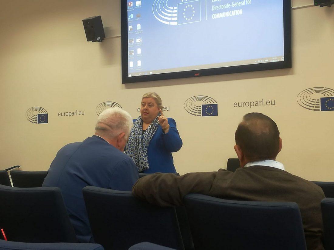 """AionSur Clara-Aguilera-Eurodiputada La eurodiputada Clara Aguilera asegura a COAG que la IGP """"saldrá adelante"""" Agricultura"""