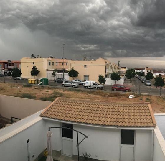 AionSur Lluvia_Gerena-560x546 Activado Plan de Emergencia y cerrados todos los parques públicos en Sevilla Sevilla Sucesos