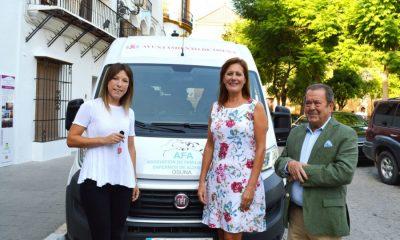 AionSur Osuna-alzheimer-vehículo-400x240 La Asociación de Familiares de Enfermos de Alzheimer de Osuna recibe un nuevo vehículo solidario Osuna
