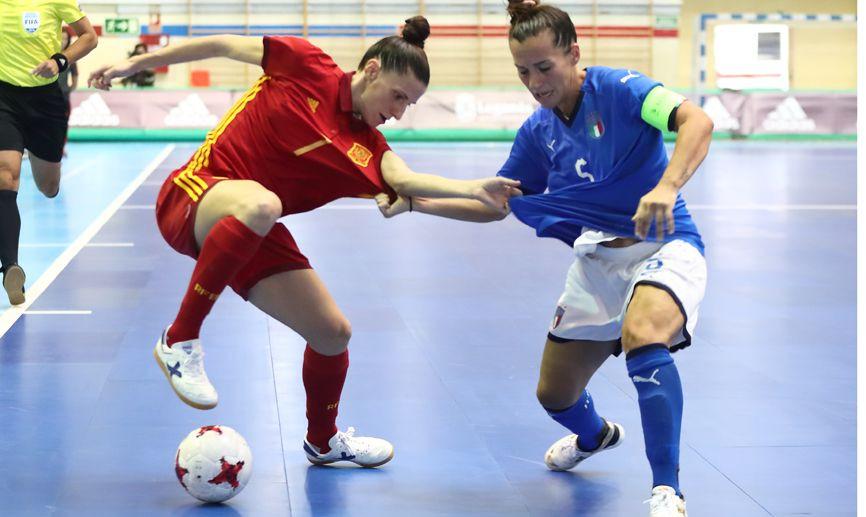 AionSur amparo-selección La España de 'Ampi' pone rumbo al Europeo por la puerta grande Deportes Fútbol  destacado