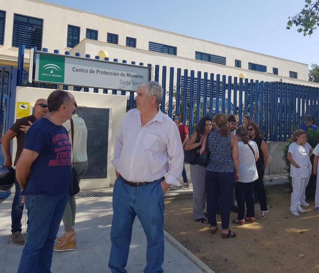 AionSur centro-menores-Marchena El comité del Centro de Marchena pide atención especializada para los menores que llegan en pateras Marchena  destacado