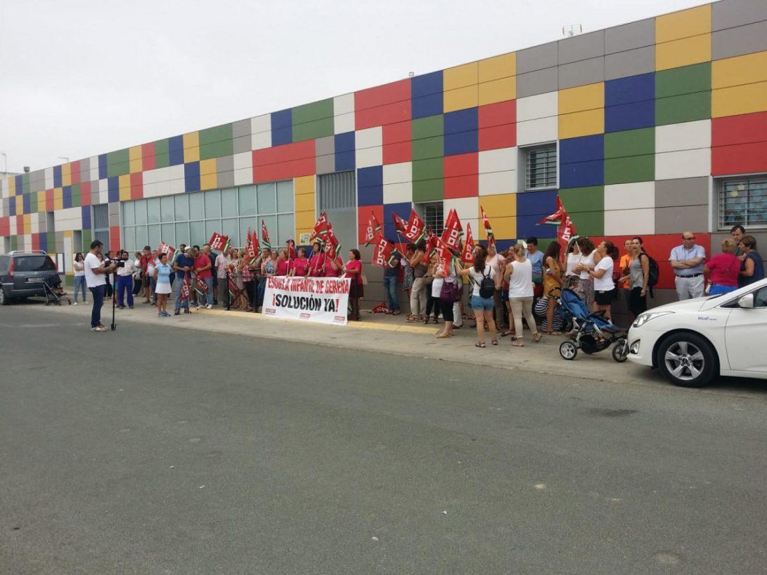 AionSur guarderia-gerena Trabajadoras de la guardería de Gerena se movilizan tras cuatro meses sin cobrar Gerena