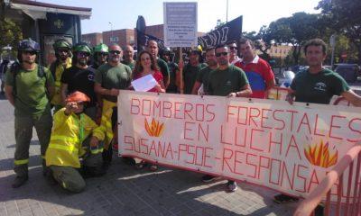 AionSur infoca-manifa-400x240 Trabajadores del Infoca entregan firmas en el Parlamento contra su nuevo convenio Empresas