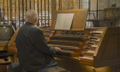 AionSur organo-catedral-400x240 Restauran la consola del órgano de la catedral de Sevilla tras 15 años sin usarse Cultura Música