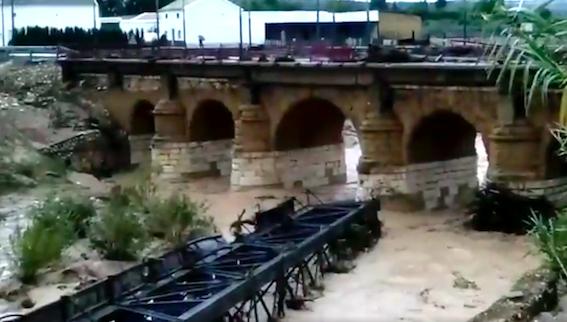 AionSur Aguadulce_tren Cortada la vía férrea en toda la Sierra Sur y la Campiña de Sevilla Sucesos