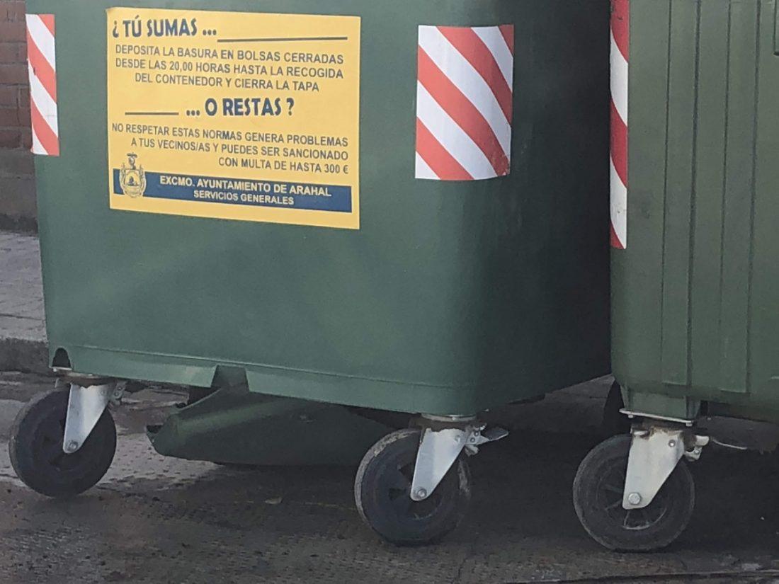AionSur Arahal-contenedores-basura El 15 de octubre abre el plazo para bonificación de las Tasas de Residuos Sólidos Urbanos Arahal