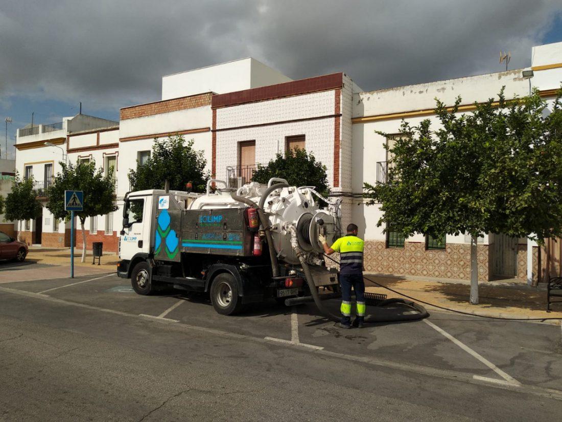 AionSur CIAR-limpieza-alcantarillado CIAR limpia las redes de alcantarillado en Arahal a la espera de las lluvias Arahal