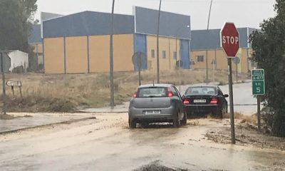 AionSur LluviaAion-400x240 La lluvia y el viento causan daños en Sevilla capital y varios pueblos de la provincia Sucesos