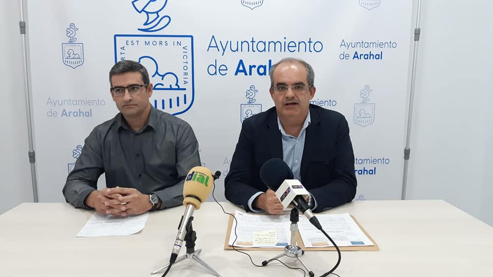 AionSur alcalde-Arahal-subvención Arahal recibe casi 800 mil euros para cambiar a LED el alumbrado público Arahal  destacado
