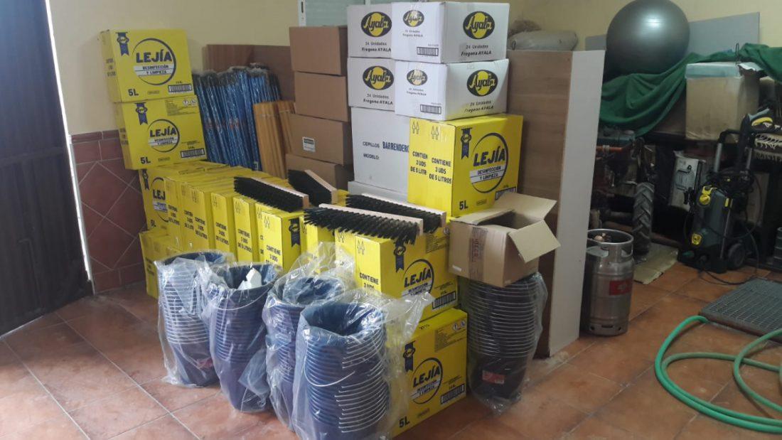 AionSur ayuda-Teba-Arahal Arahal ayuda a Teba con material de limpieza después de las inundaciones Arahal  destacado