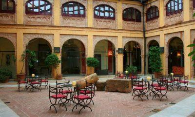 AionSur patio-mudejar-alcazar-de-la-reina-400x240 Casi llenos los hoteles de la provincia para el Puente de Todos los Santos Sevilla