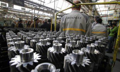 AionSur renault-400x240 Convocada una huelga de 24 horas en la fábrica de Renault en Sevilla Economía Empresas
