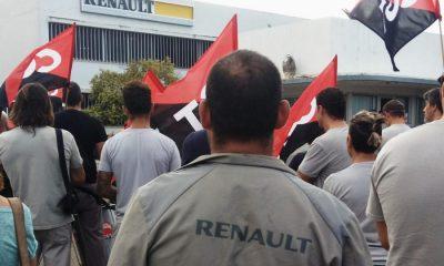 AionSur renault-huelga-400x240 El 30 % de los trabajadores de Renault en Sevilla secundan una huelga de dos días Sociedad
