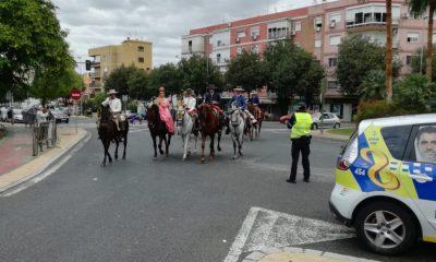 AionSur valme-400x240 Rescatada una niña en un caballo desbocado en la romería de Valme por un cohete que lo asustó Sucesos