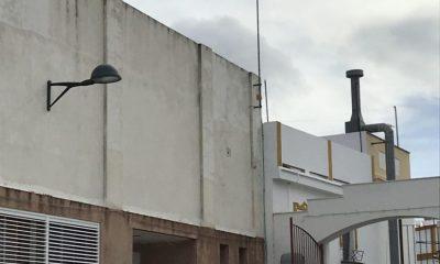 AionSur Arache-luz-Arahal-400x240 Se implanta en el CEPER El Arache un sistema fotovoltaico con apoyo de red eléctrica Arahal